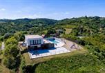 Location vacances Zaprešić - Amazing home in Sveta Nedjelja w/ Outdoor swimming pool, Outdoor swimming pool and 3 Bedrooms-2