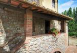 Location vacances Casole d'Elsa - Idyllic Countryside Apartment on Chianti hills with pool-3