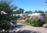 Camping avec Piscine couverte / chauffée Lampaul-Ploudalmézeau - Flower Camping de Kerleyou-3