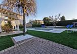 Location vacances  Province de Padoue - Villa San Valentino Country House Piscina-1