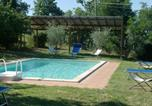 Location vacances Monte San Savino - Santa Maria a Monte Villa Sleeps 12 Pool Wifi-1