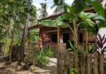 Location vacances Kalibaru - Red Island Bungalows-1