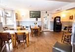 Location vacances Eversley - The Emmbrook Inn-2