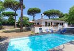 Location vacances Vidreres - Caules Villa Sleeps 8 Pool Air Con Wifi-1