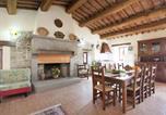 Location vacances Apecchio - Lovely Farmhouse in Apecchio with Swimming Pool-4