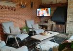 Location vacances Wallonia - Gîte l'Amandina - Porcheresse-1