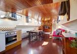 Private Houseboat in the heart of Amsterdam