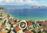 Location vacances Baška - Holiday Home Davor-1
