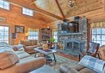 Location vacances Clarks Summit - Poconos Family Fun - Ultimate Cabin Retreat!-4
