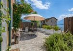 Location vacances Trezzone - Casa Rubino-1