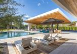 Location vacances Scottsdale - New Listing! Lavish Estate: Resort-Style Backyard home-1