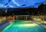 Location vacances Calgary - Entire Chalet with Pool n Hot Tub 2 Bed 2 Bath Eleve at Mystic Springs-4
