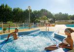 Camping avec Parc aquatique / toboggans France - Camping Les 7 Fonts-3