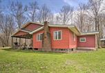 Location vacances Ellicottville - Rustic and Modern Russell Cabin with Grill and Deck-3