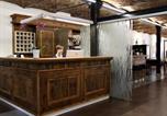 Location vacances  Province de Ferrare - Modern Apartment in Codigoro Italy with Sauna and Jacuzzi-1