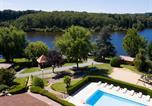 Camping Thiviers - Parc Résidentiel De Loisirs Vivale