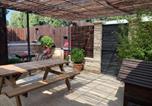 Location vacances Maillane - Maison avec patio et jacuzzi-2