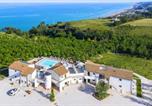 Location vacances  Province de Fermo - Holiday resort Contea dei Ciliegi Pedaso - Ima06001-Cya-1