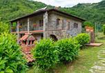 Location vacances Fosciandora - Classy Farmhouse in Fosciandora with Swimming Pool-2