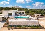 Location vacances  Province de Brindisi - Villa Rosara-1