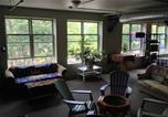 Hôtel Essex Junction - The Burlington Hostel-3