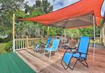Location vacances Gainesville - House with Deck and Fireplace, Walk to State Park!-2
