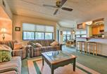 Location vacances Lake Harmony - Lakefront Condo with Pool Access-1min to Big Boulder!-4