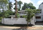 Location vacances Anuradhapura - Travelers Holiday Resort-1