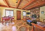 Location vacances Big Bear City - Big Bear Retreat with Porch and Yard Near Snow Summit!-4