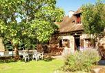 Location vacances Hautefort - Holiday Home Maison Olivier-3
