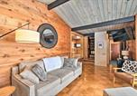 Location vacances Green Lake - Waterfront Chain O Lakes Cabin with Boat Dock!-4