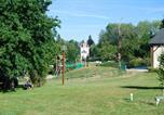 Camping avec Piscine Bellegarde-en-Marche - Castel Château de Poinsouze-1