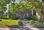 Location vacances Kewaunee - 'Collectic Farmhouse Suite!' in Sturgeon Bay!-1