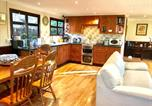 Location vacances Twineham - Amber Lodge - Holiday Homes With Free Fishing In A Private Lake-4