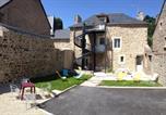 Location vacances Saint-Samson-sur-Rance - Au Fil De L'Eau - Le Bord de Rance-4