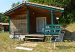 Location vacances Baix - Chalet with 2 bedrooms in Les Tourettes with shared pool and furnished garden 100 km from the slopes-1