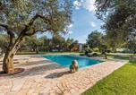 Location vacances Martano - Carpignano Salentino Villa Sleeps 5 Pool Air Con-1