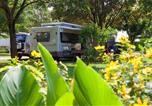 Camping 4 étoiles Figeac - Camping Sites et Paysages Le Ventoulou-4