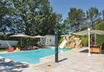 Location vacances Pourrières - Six-Bedroom Holiday home Trets 0 09-4