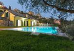 Location vacances  Ville métropolitaine de Gênes - La Bianchina - House with pool-1