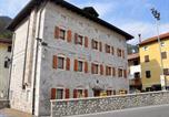 Location vacances  Province de Pordenone - Locazione Turistica Albergo Diffuso - Cjasa Fantin-1