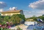 Location vacances Prgomet - Three-Bedroom Apartment in Radosic-1