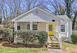 Location vacances Morrow - Charming College Park Cottage - 8 Mi to Atl!-1
