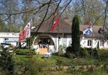 Location vacances Senlis - Les Roches Brunes - Chambres d'hôtes-1