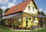Location vacances Chełmno - Four-Bedroom Holiday home Chelmno with a Fireplace 07-2