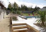 Location vacances Arès - Belle maison landaise avec piscine pour 12 Pers.-2