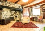 Location vacances Saint-Jacques-d'Ambur - Apartment La Gardette-3