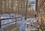 Location vacances New London - Cabin w/ Private Hot Tub: Walk to Pats Peak!-3