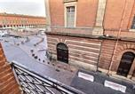 Location vacances Toulouse - Toulouse Duplex Place Du Capitole-2
