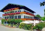 Location vacances Gstadt am Chiemsee - Hotel Unterwirt-1